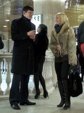 Практическое занятие на пикап-тренинге в торговом центре. Знакомство с девушкой у эскалатора.