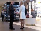 Быстрое знакомство в торговом центре