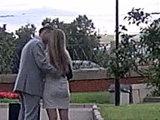 Окончание первого свидания - самое время для поцелуя в губы