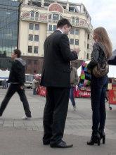 После записи номера незнакомки обсудите время и место первого свидания, не откладывайте это на телефонный разговор.