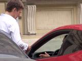 Знакомство с автомобилисткой на уличной парковке