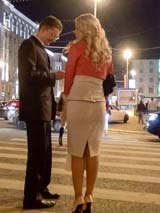 Знакомство с красавицей на пешеходном переходе
