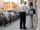 Пикап в СПб: знакомство на тротуаре