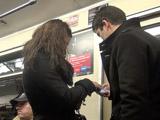 Обмен телефонами с незнакомкой в вагоне метро