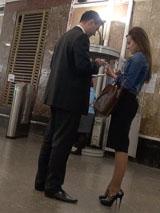 Быстрый пикап у турникетов московского метро