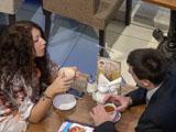 Свидание за чашкой кофе сразу после знакомства